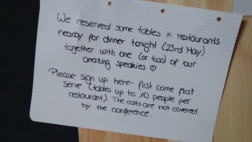 A note inviting attendees to sign up for dinner with the speakers